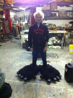 Finished making King Kong's new feet. How about these for slippers then! Working @Area51crew - click image to enlarge