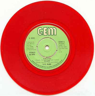 Red vinyl push-out centre b-side